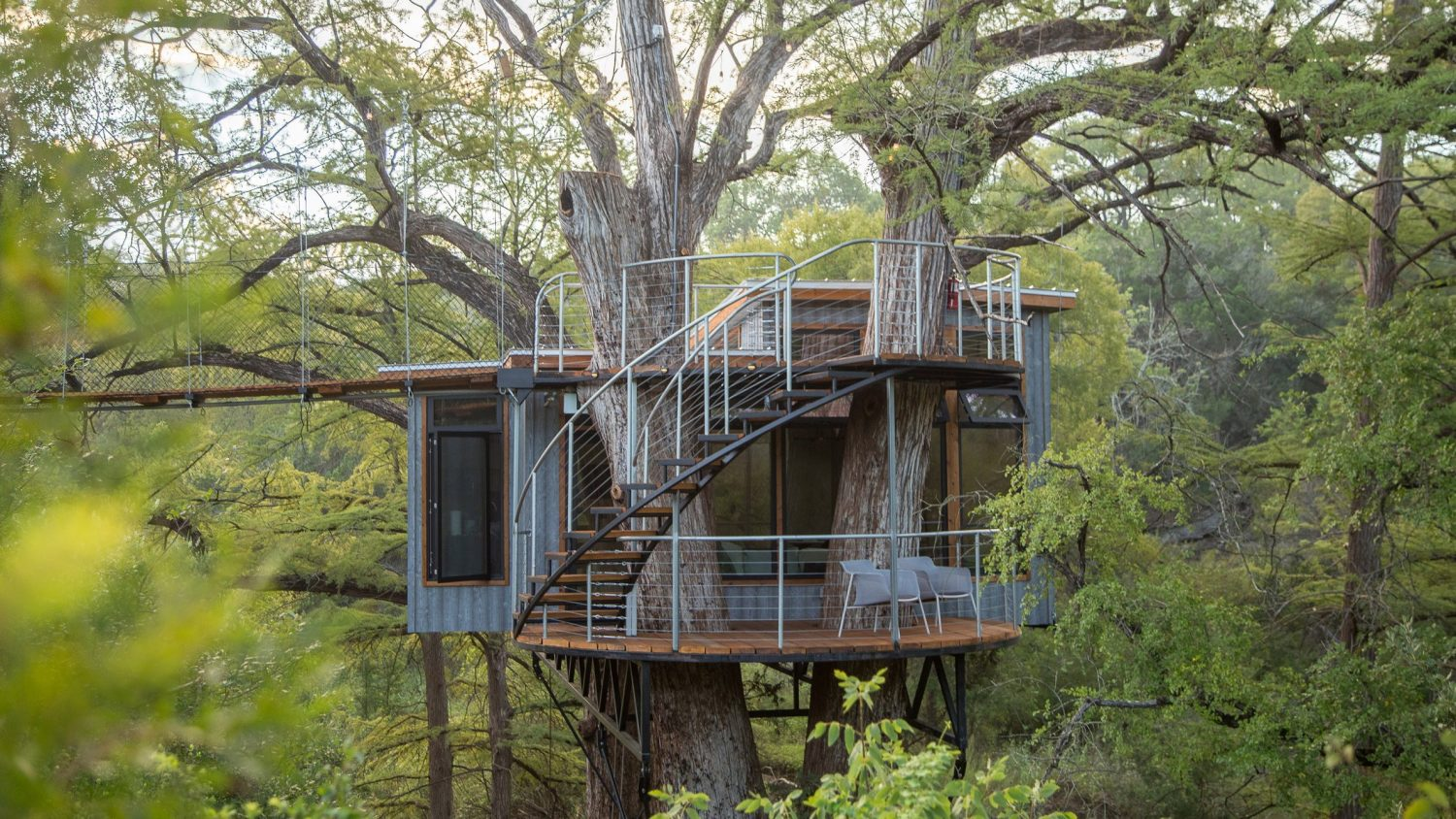 Yoki Treehouse by Will Beilharz of ArtisTree