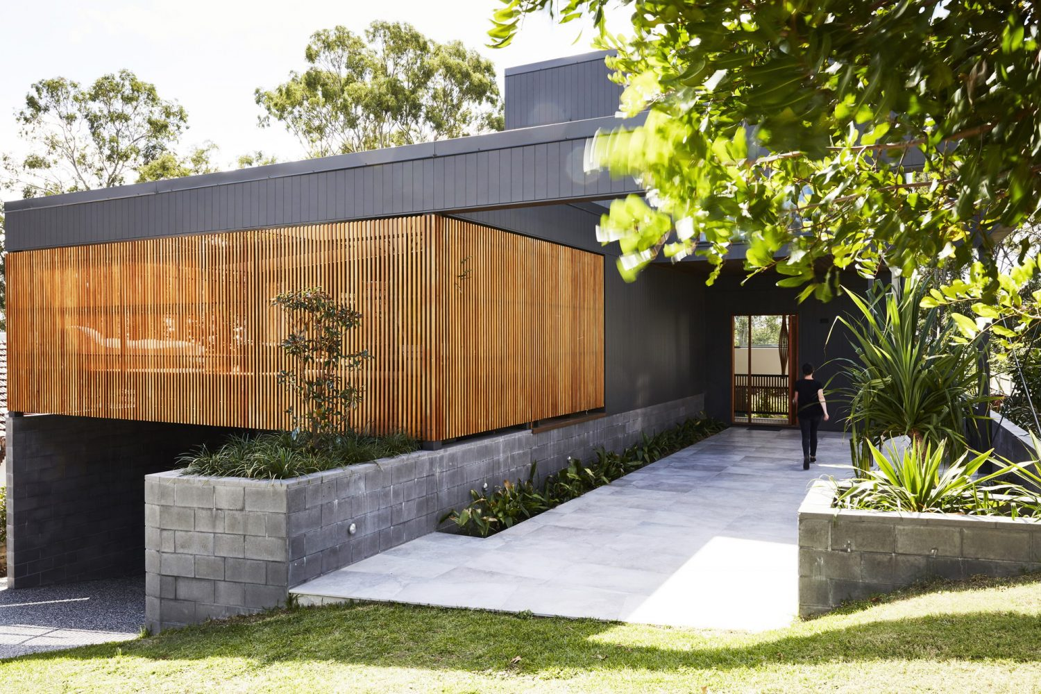 Coorparoo House by Alexandra Buchanan Architecture