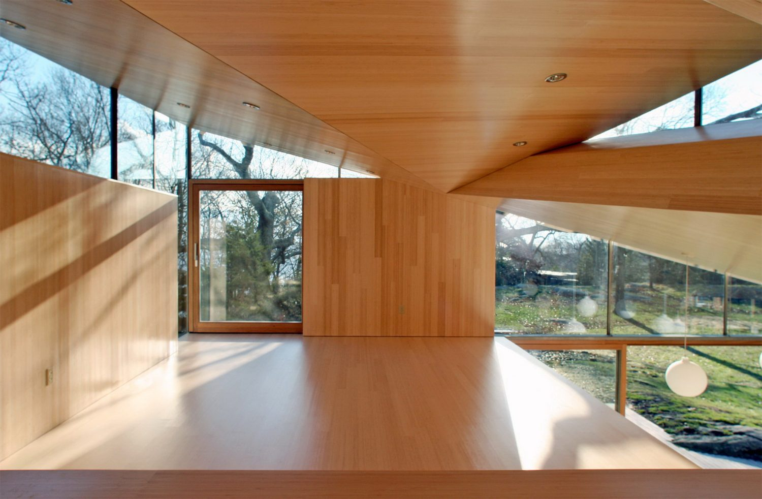 Cottage – Angular Guest House by Gray Organschi Architecture