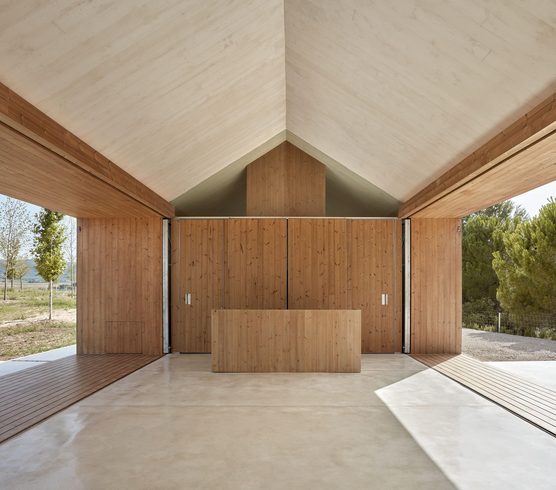 Cottage in the Vineyard by Ramón Esteve Estudio