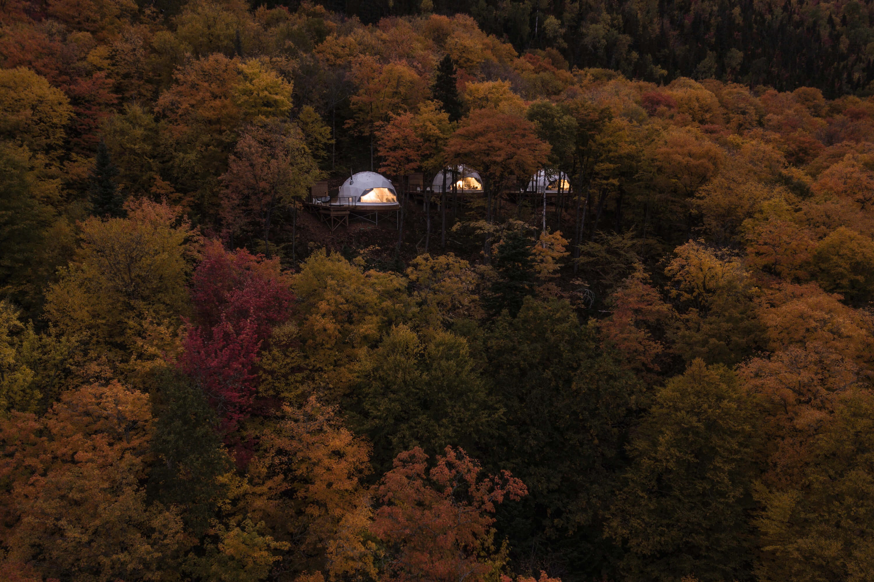 Dômes de Charlevoix – Glamping Domes in Quebec Forest
