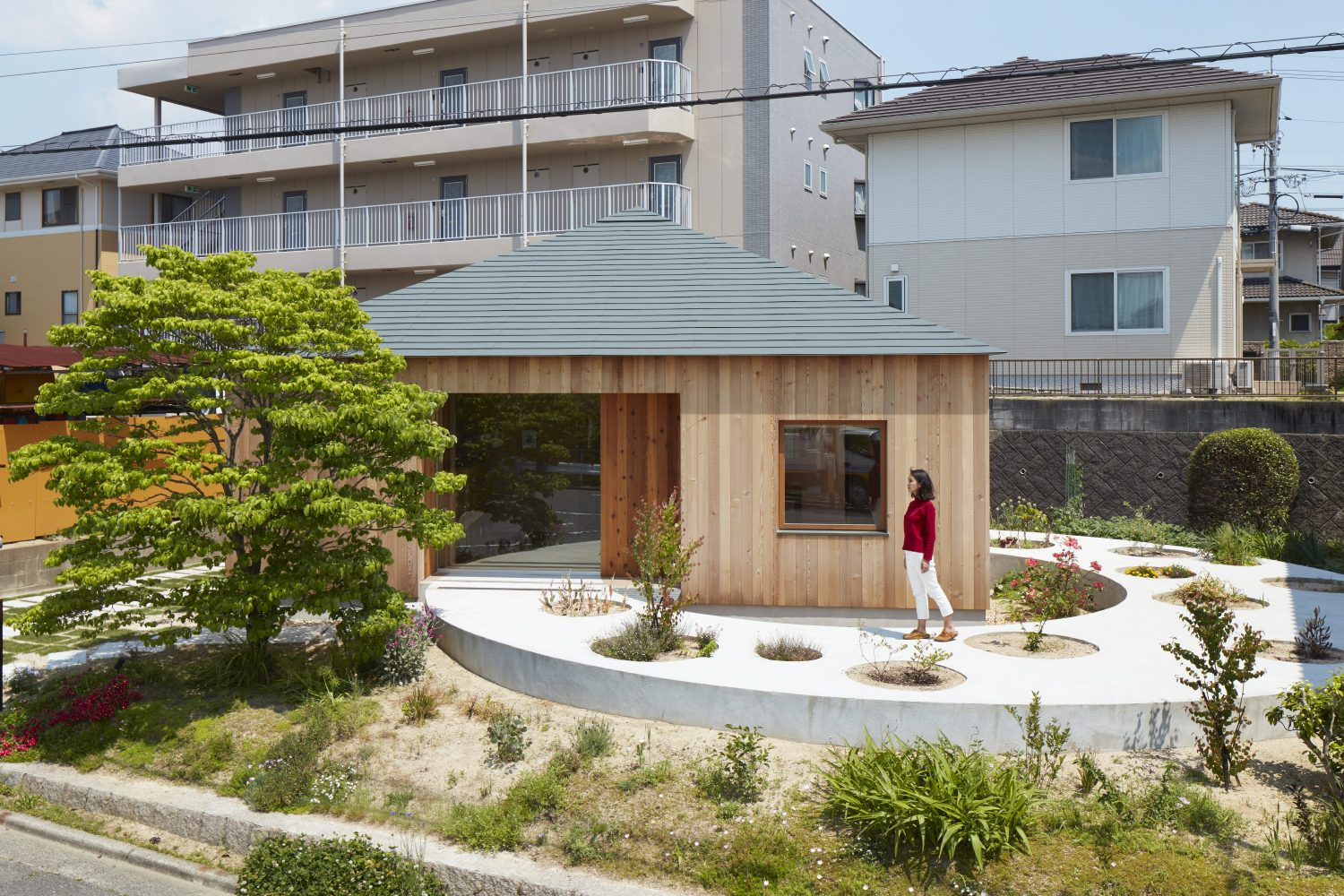 House in Mukainada by FujiwaraMuro Architects