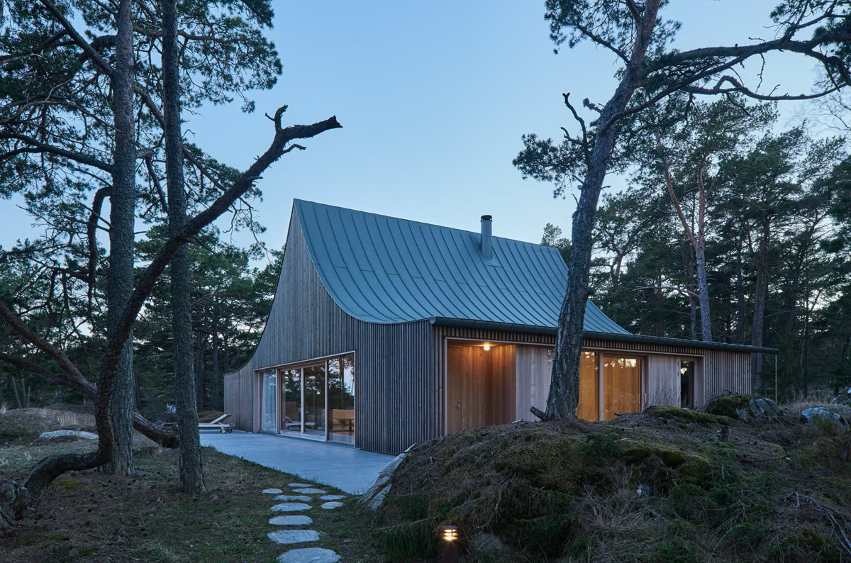 House on Krokholmen – Tent-Like House