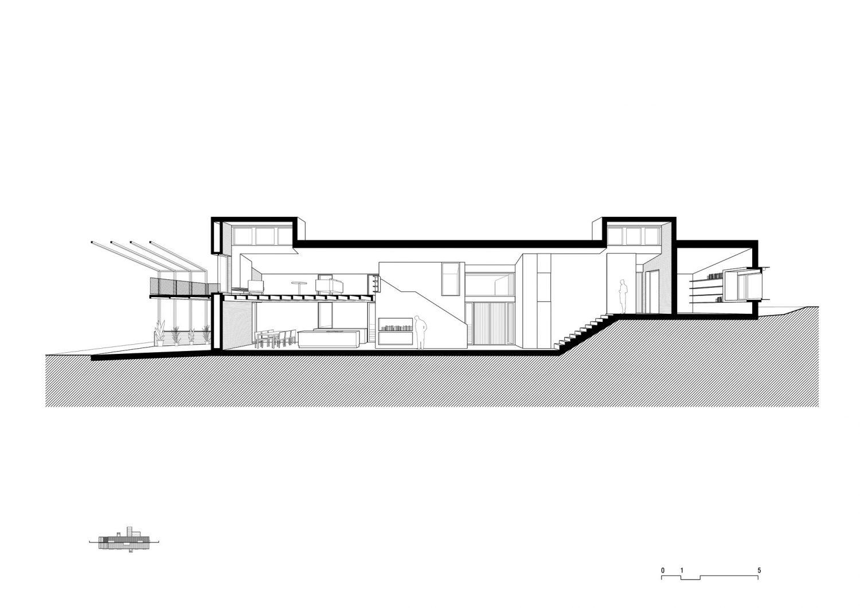 MMMMMS House by Anna & Eugeni Bach
