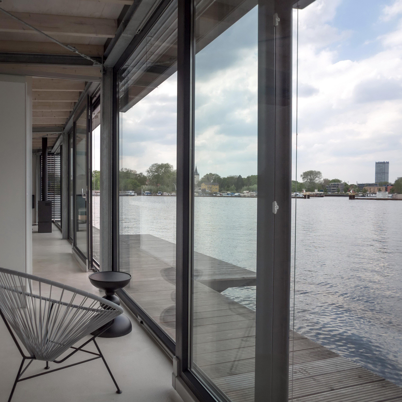 Modern Houseboat in Berlin