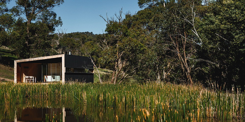 Pump House – Lakeside Cabin by Branch Studio
