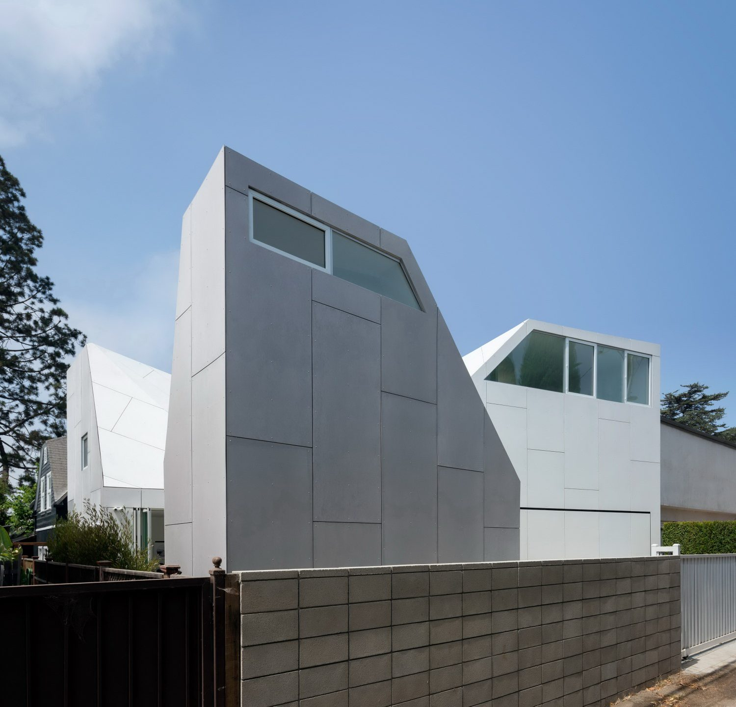 Second House – Home with Steeply Pitched Rooflines by FreelandBuck