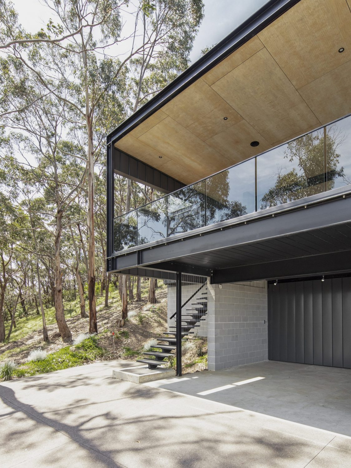 Skyline House by Lachlan Shepherd Architects