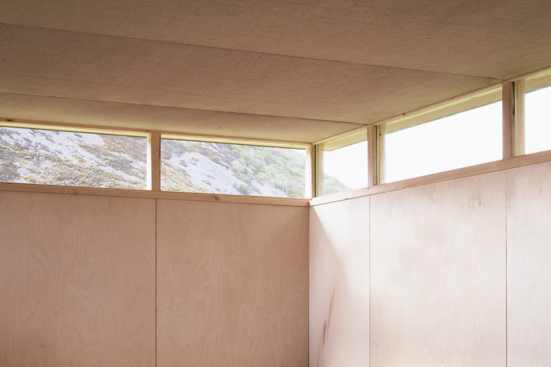 Slate Cabin – Writer's Retreat by TRIAS Studio