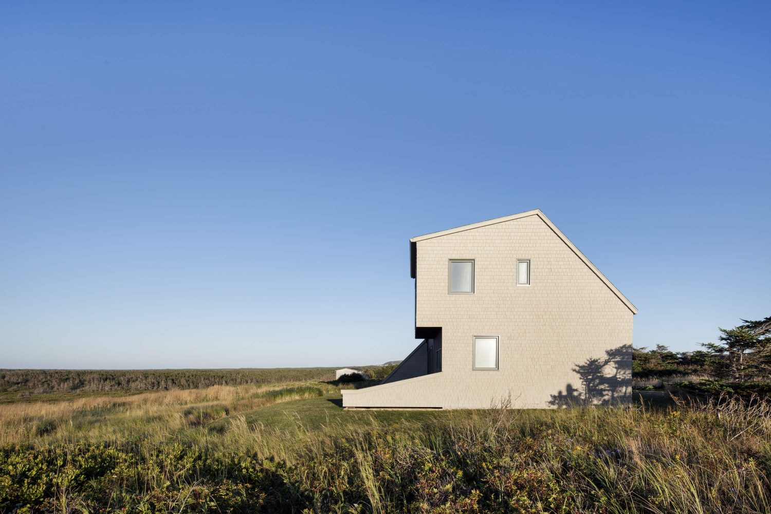 West Dune House by Bourgeois / Lechasseur architectes