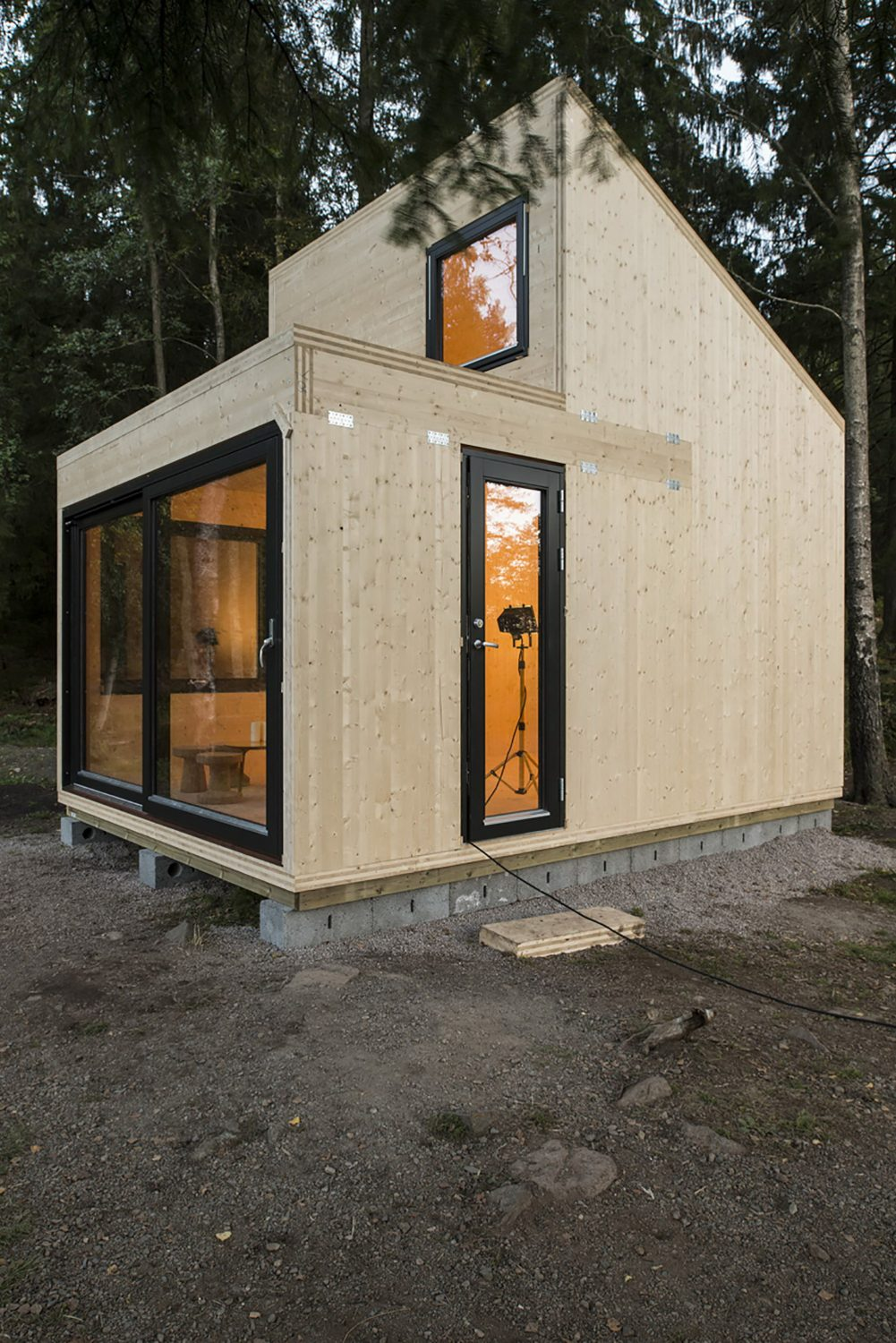 Woody15 – A Tiny Cabin by Marianne Borge