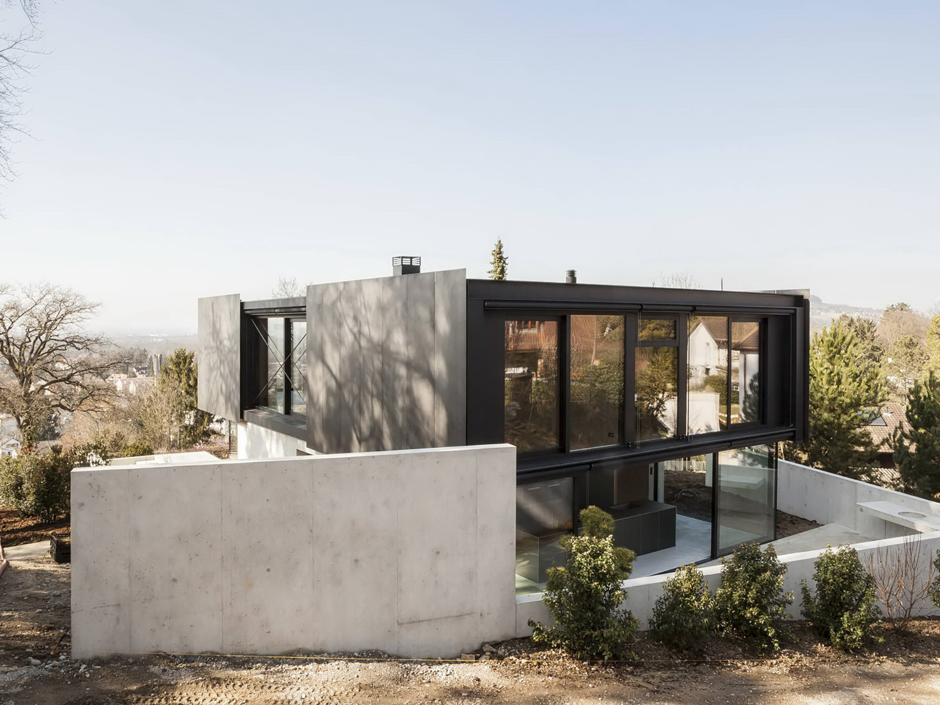 House in Riehen by Reuter Raeber Architects