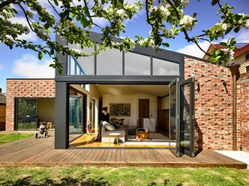 Lake Wendouree House by Porter Architects