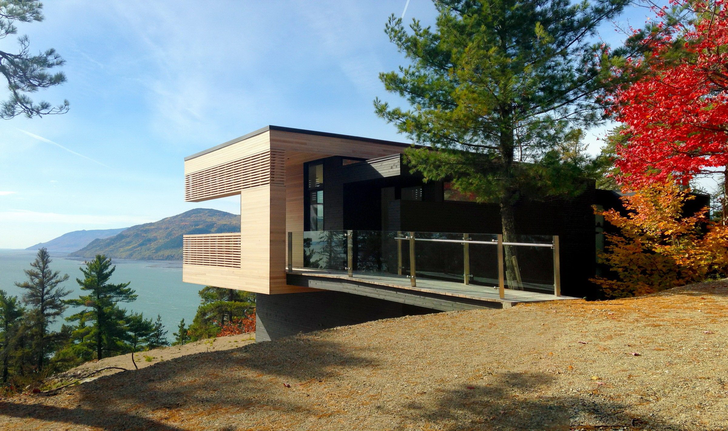 Residence Le Nid by Anne Carrier Architecture