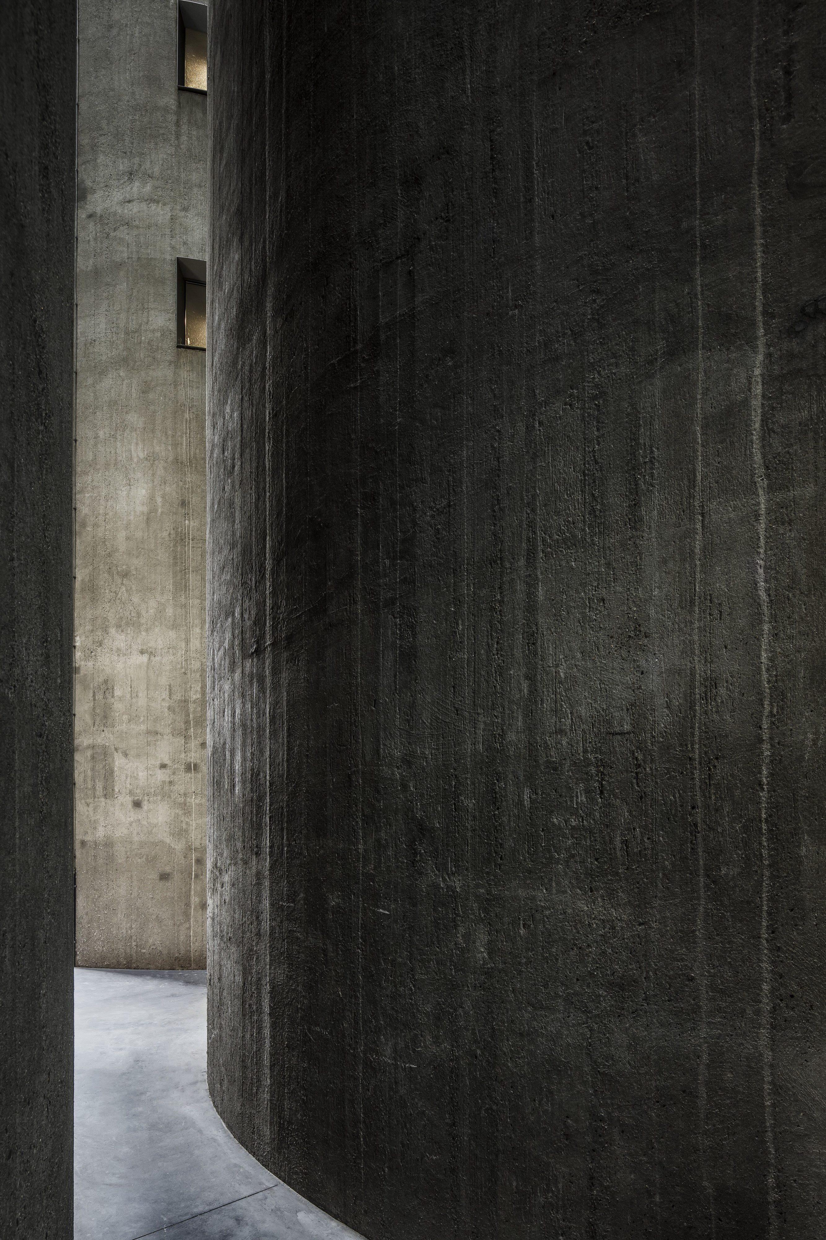 Silo Apartment M-M | Monochrome Apartment by Arjaan De Feyter