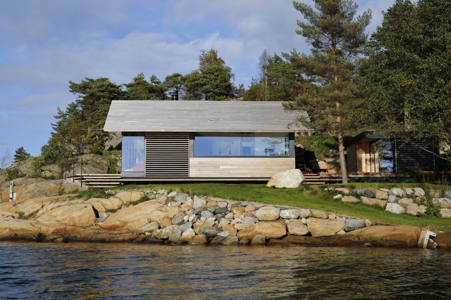 Cabin Østfold by Lund+Slaatto Architects