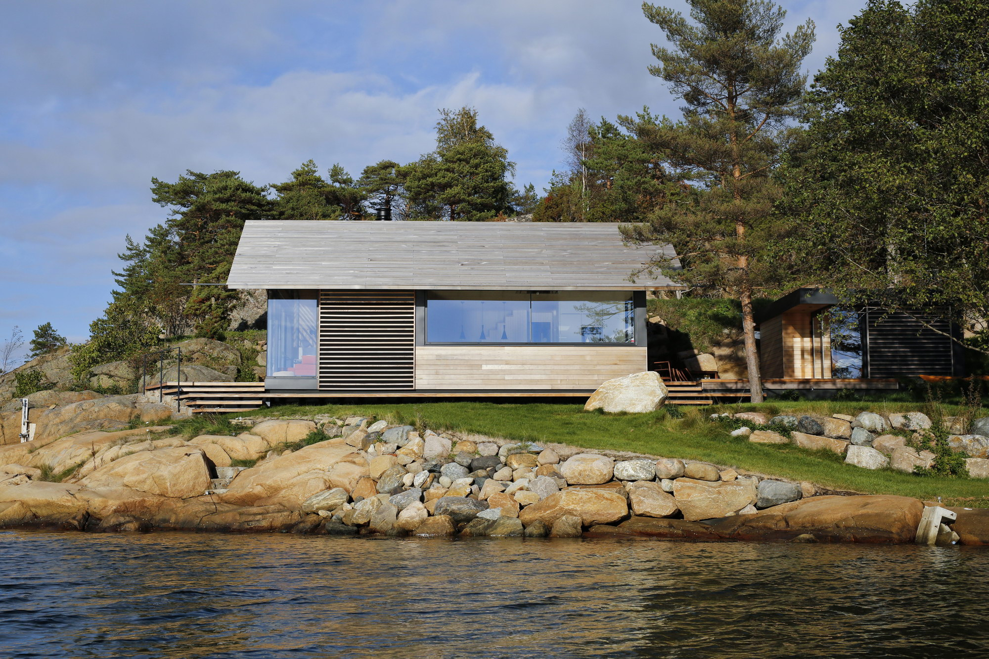 Cabin Østfold by Lund+Slaatto Architects
