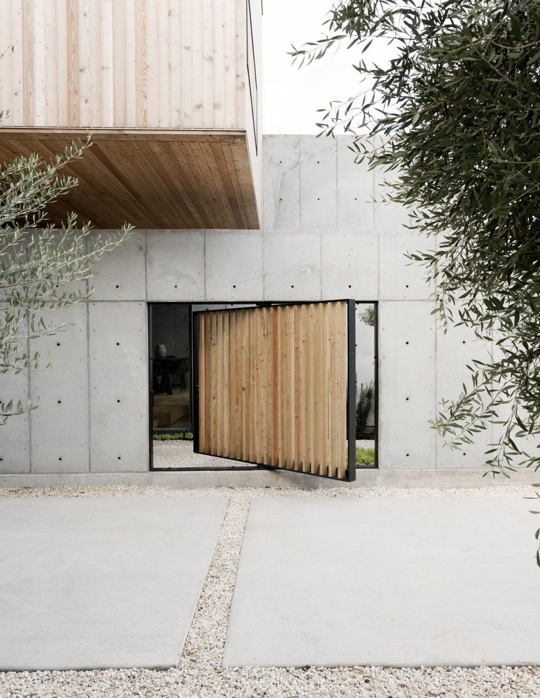 Concrete Box House by Robertson Design