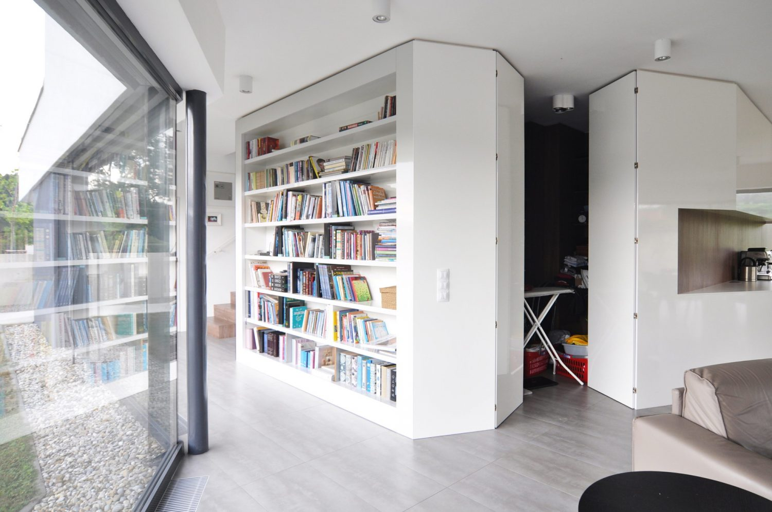 Family House by ATELIER 111