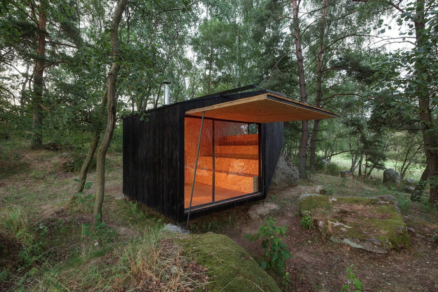 Forest Retreat | A Tiny Cabin by Uhlik architekti