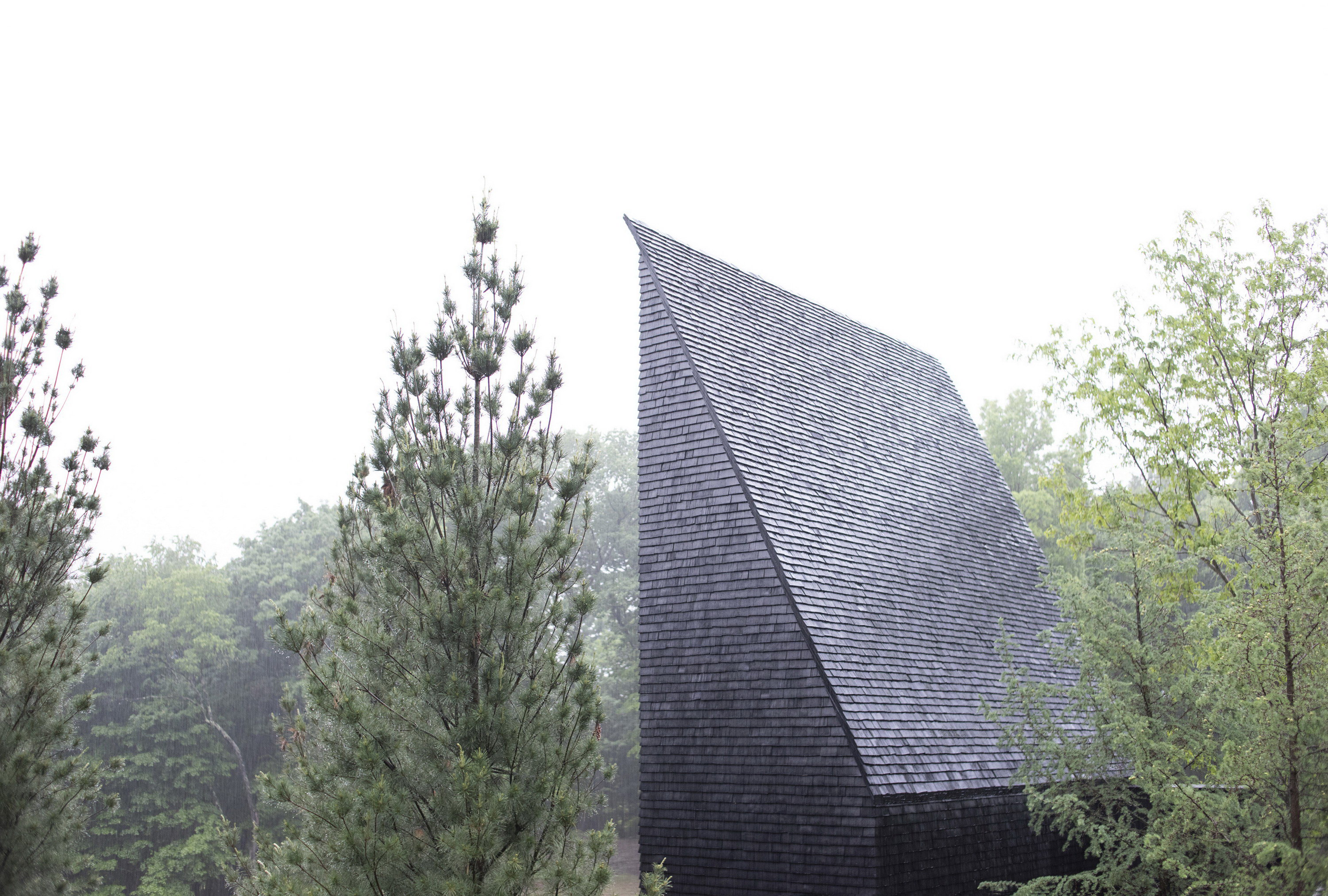 Hudson Valley House II | Triangular Cabin by Thomas Phifer and Partners