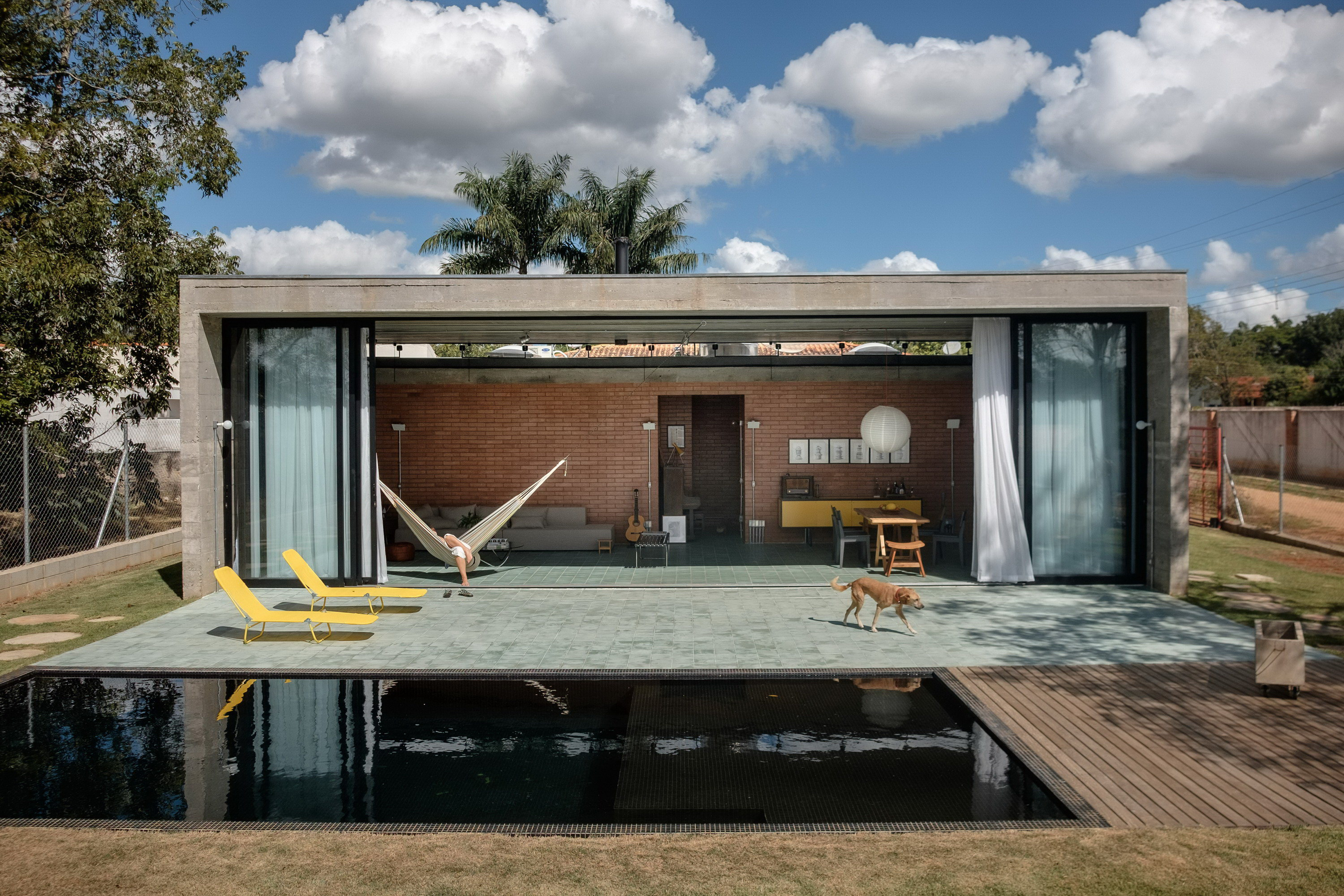 Mugs House by HUM arquitetos