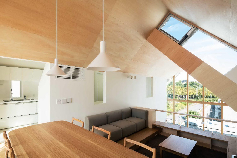 Newtown House by Kohei Yukawa + Hiroto Kawaguchi