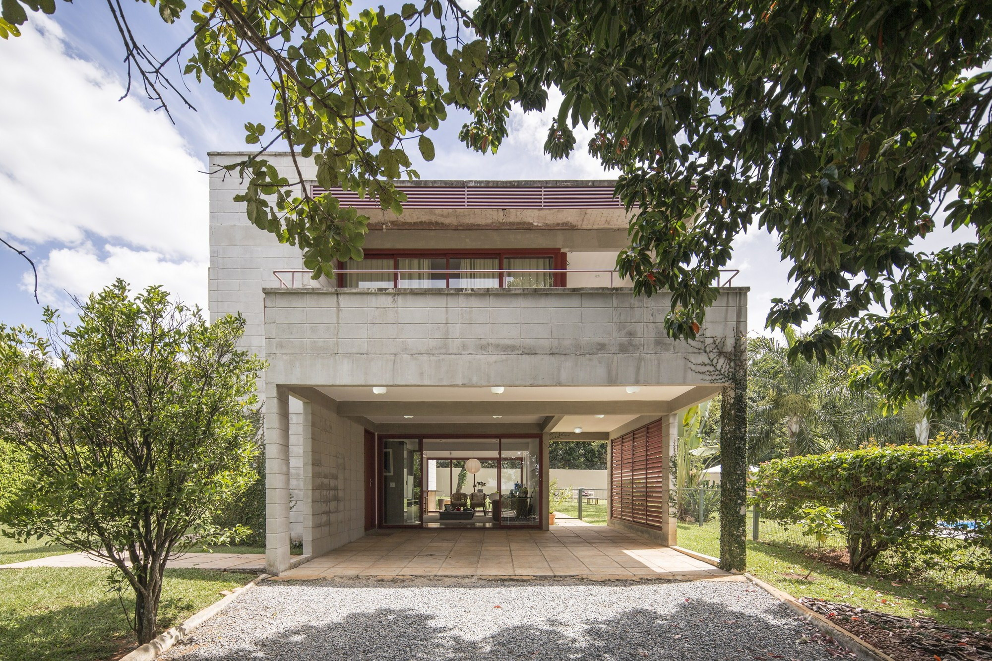 SMPW House by LAB606