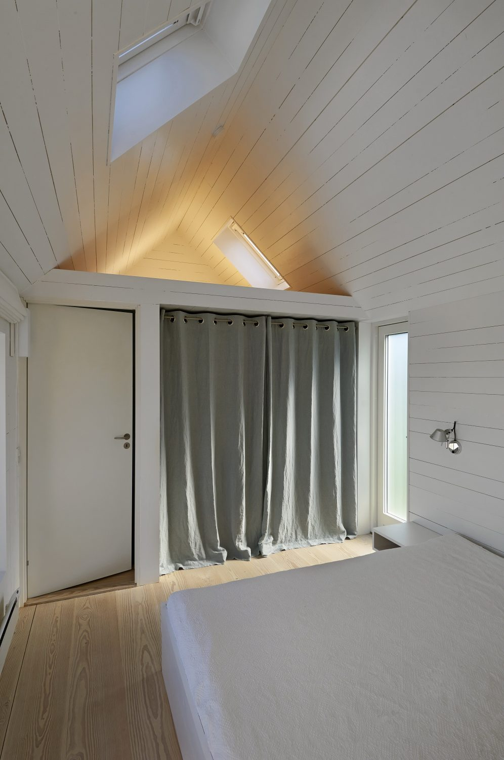 Summerhouse in Denmark by JVA