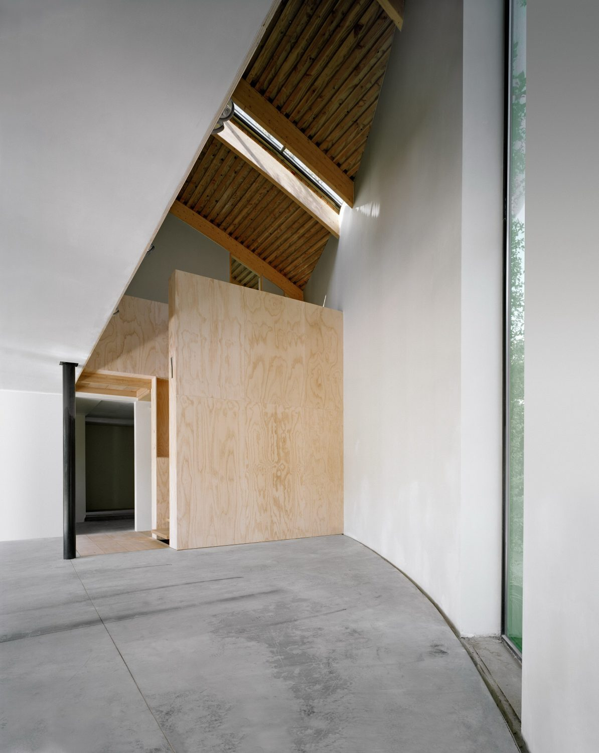 House in the Outskirts of Brussels by Philippe SAMYN and PARTNERS