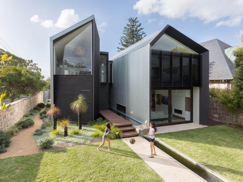 Iron Maiden House by CplusC Architectural Workshop