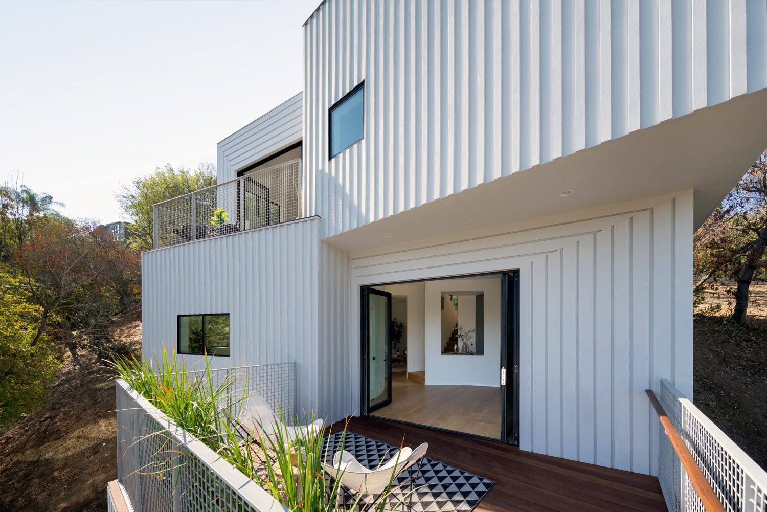 Stack House in Los Angeles by FreelandBuck