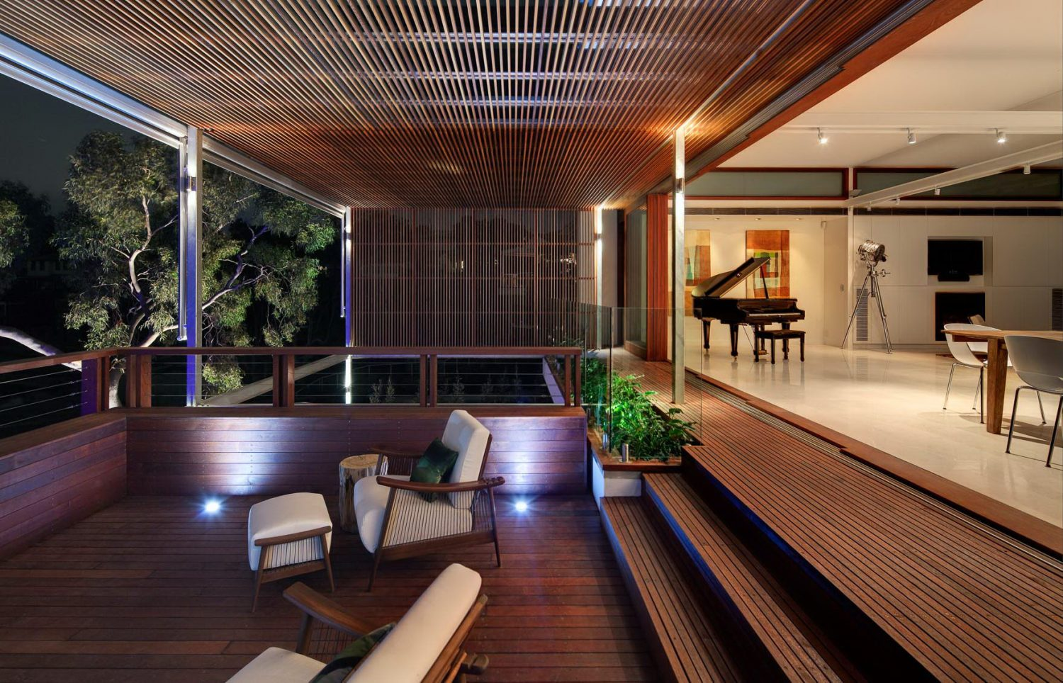 Tennyson Point Residence by CplusC
