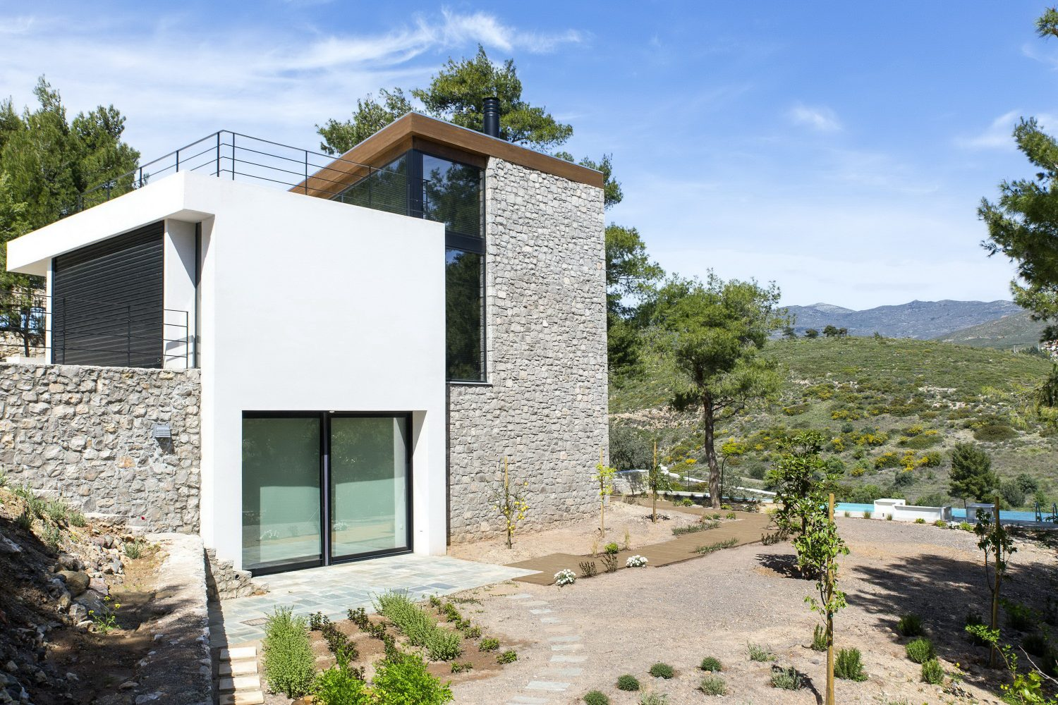 The Wedge House by Schema Architecture & Engineering