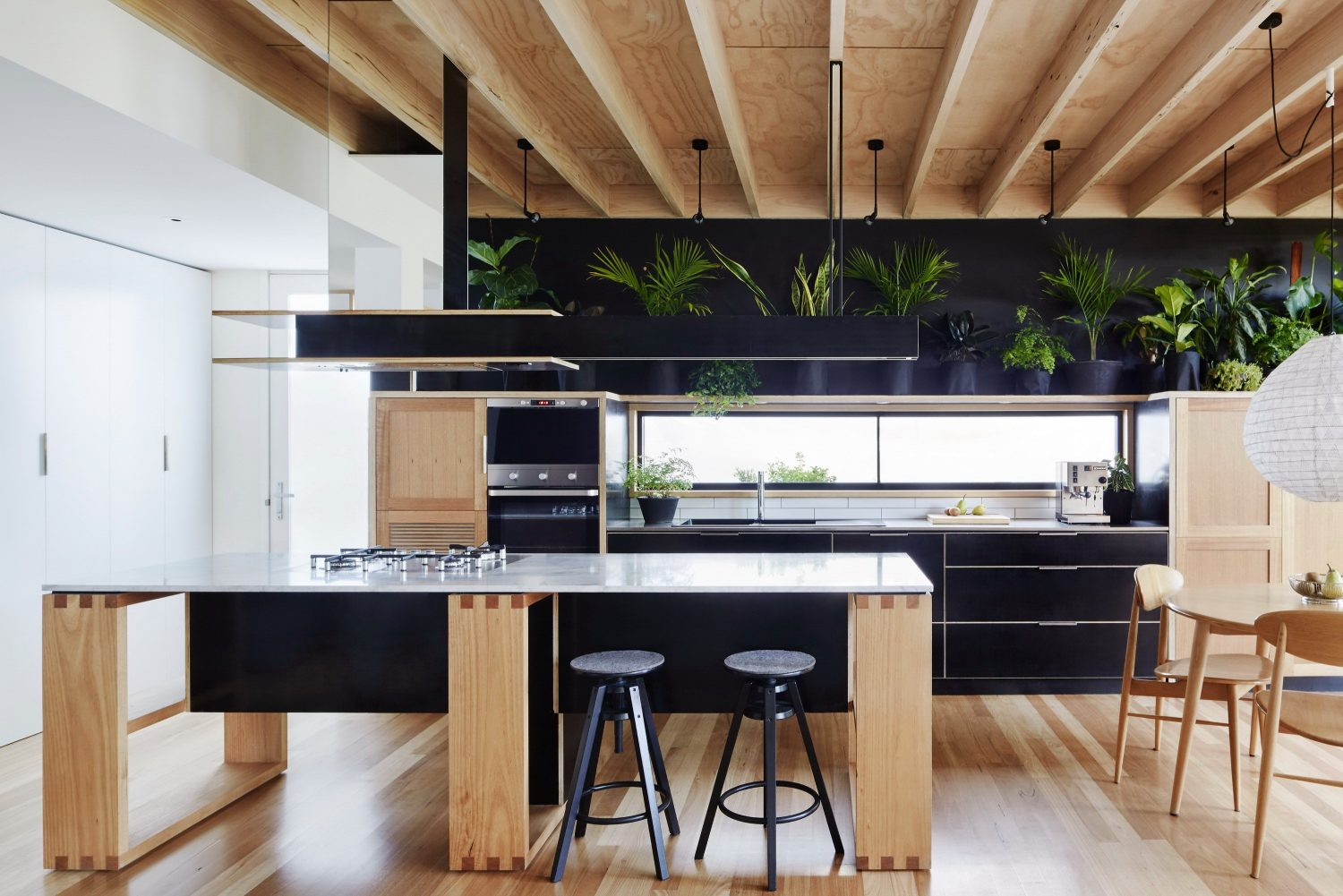 Wooden Box House by Moloney Architects