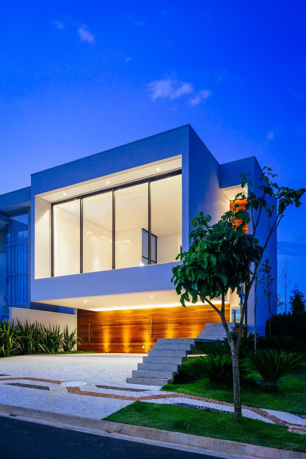 Guaiume House by 24 7 Arquitetura