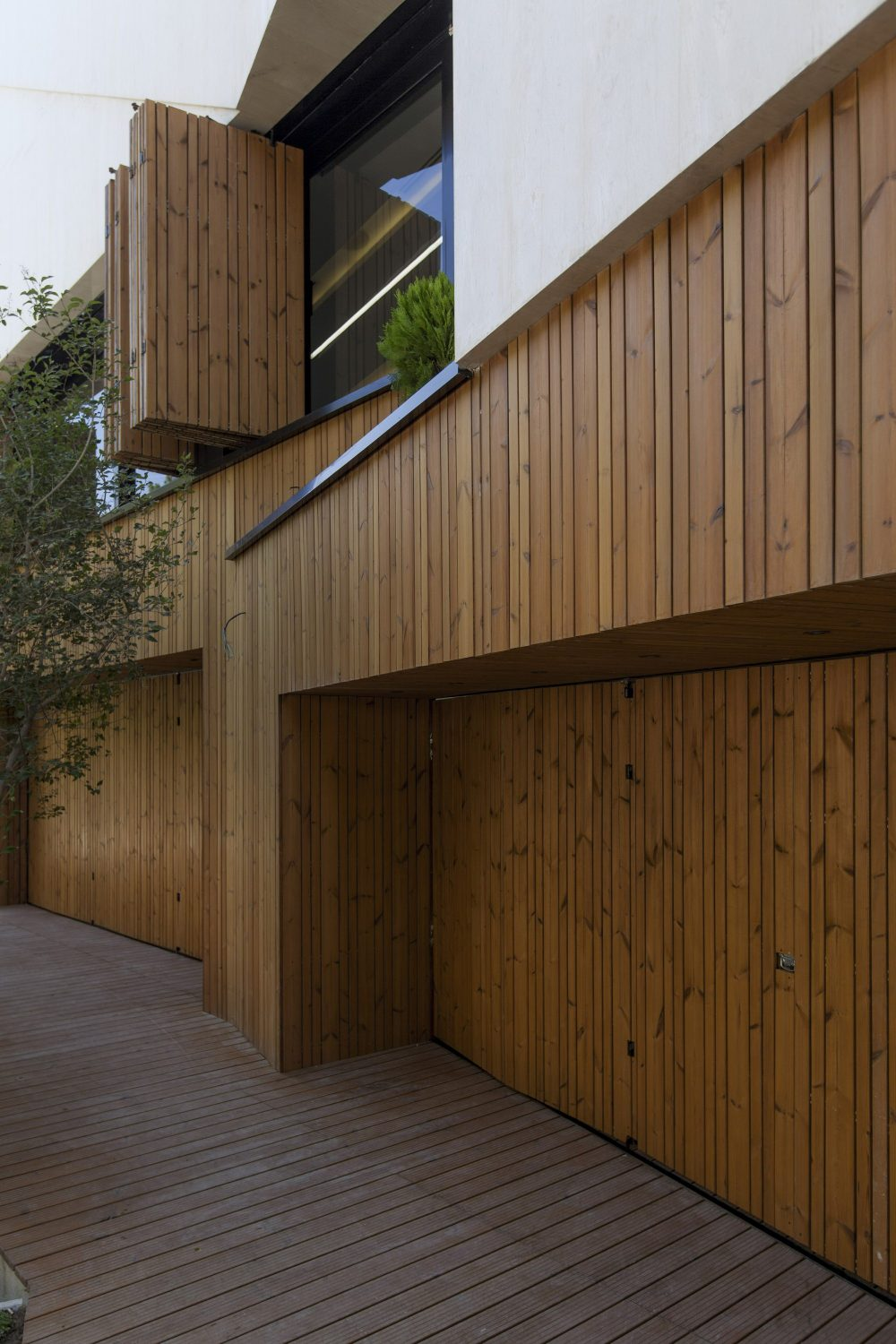 Kooshk House by Sarsayeh Architectural Office