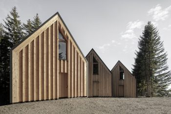 Refugee Meranza by Architekt Andreas Gruber