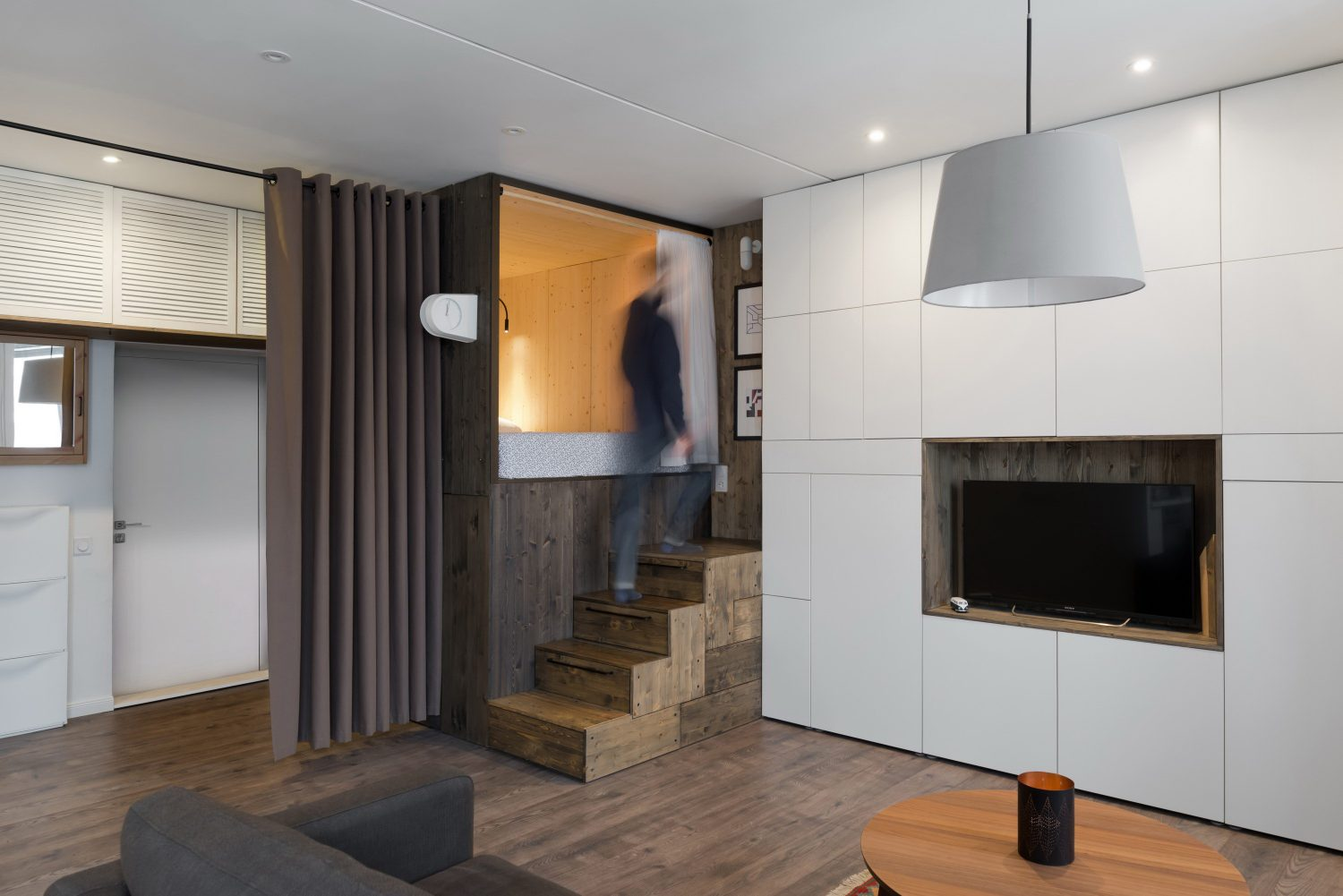 35m2 Flat Micro-Apartment by Studio Bazi