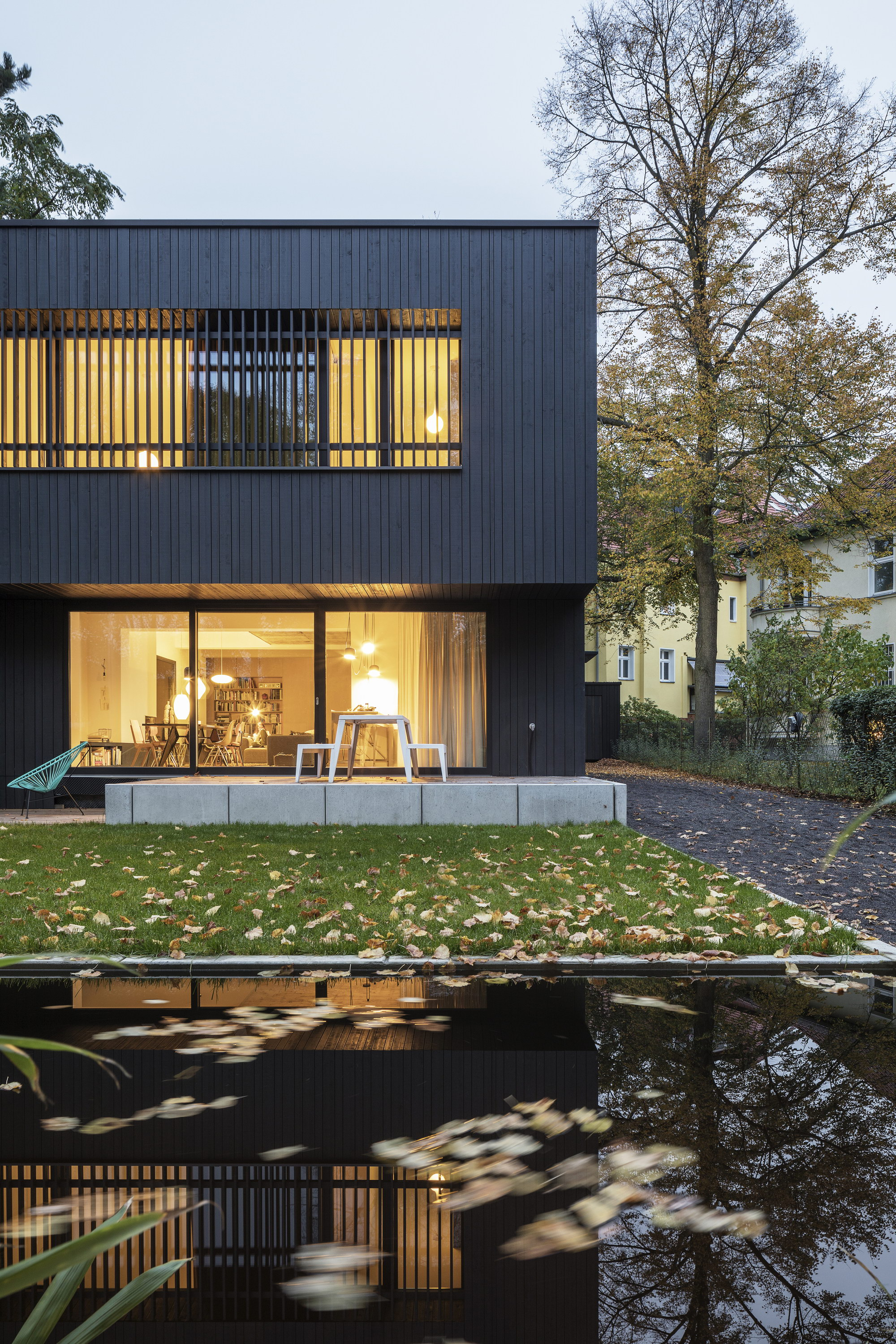 A28 House | SEHW Architektur turned Industrial Building into Home