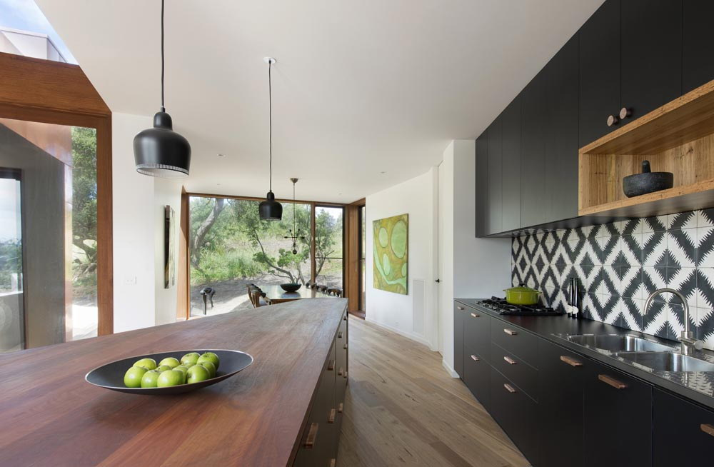 Bluff House | Three-Level House by Auhaus Architecture