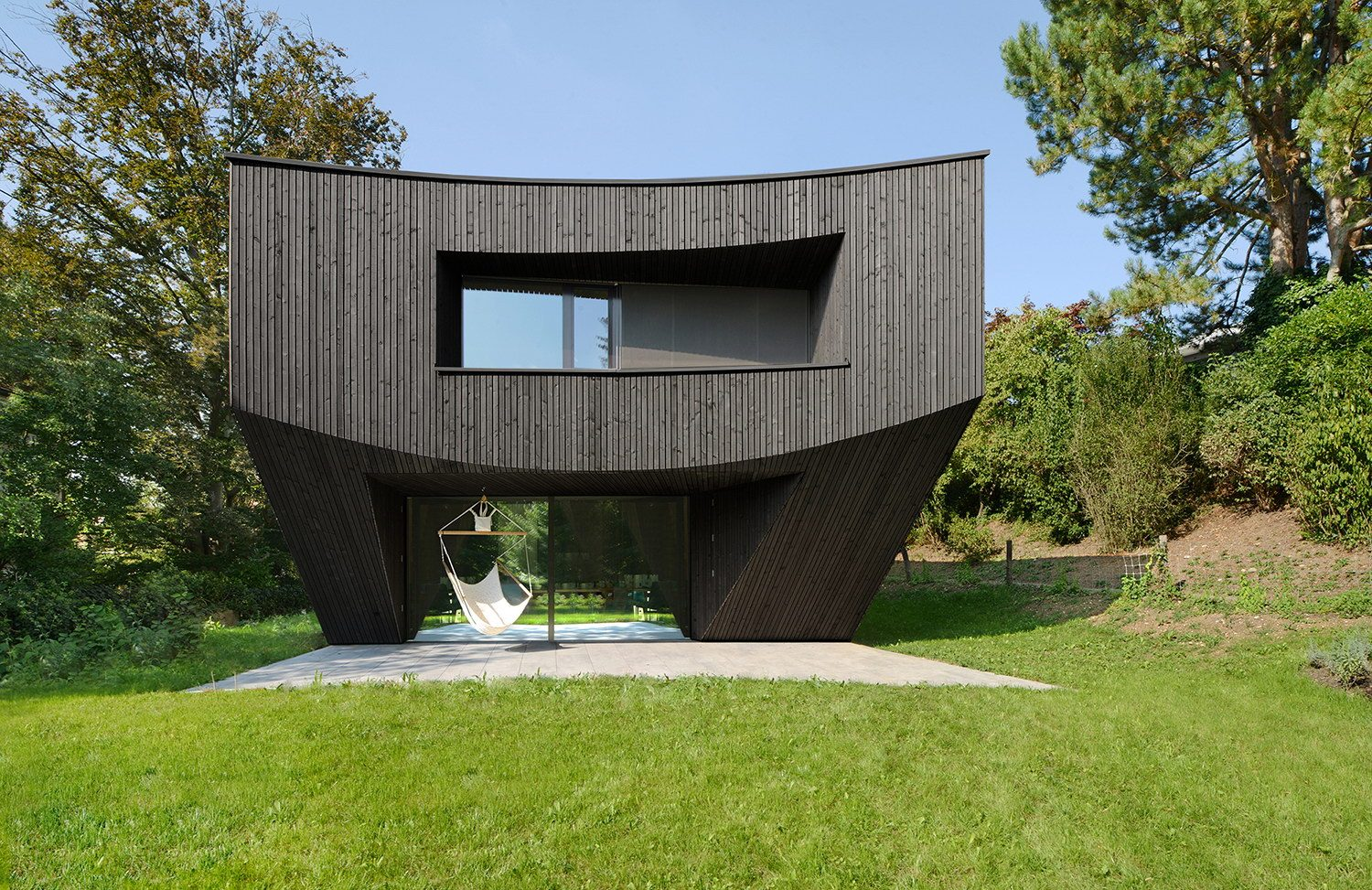 Casa Curved by Daluz Gonzalez Architekten
