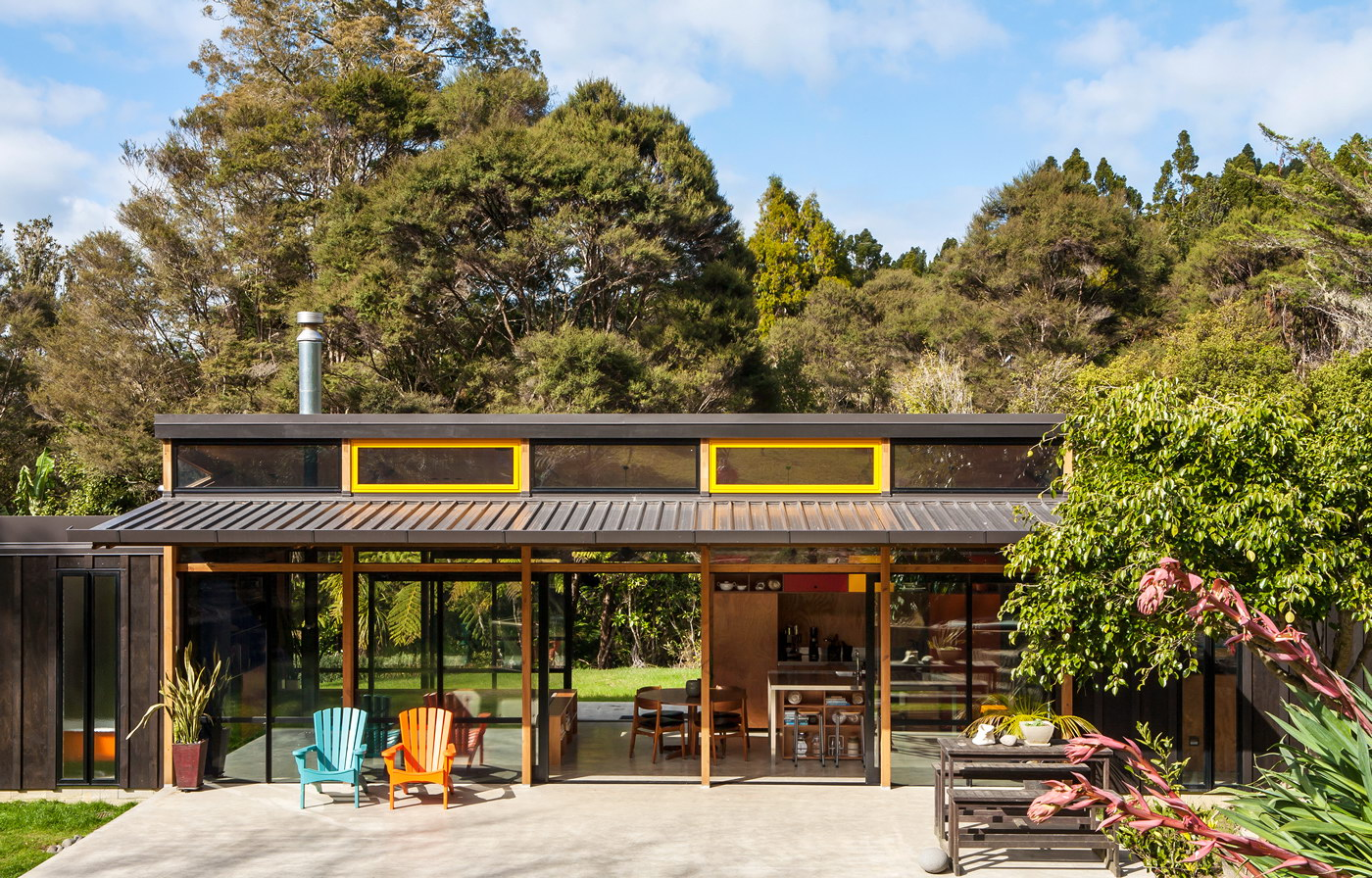 Easterbrook House by Dorrington Atcheson Architects