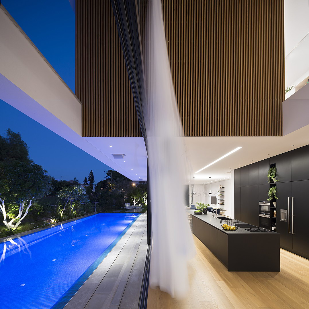 LB House by Shachar Rozenfeld Architects