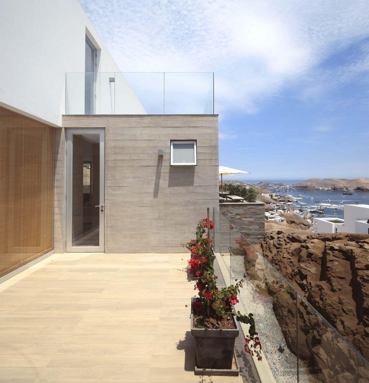 P2 House Poseidon by Domenack Arquitectos