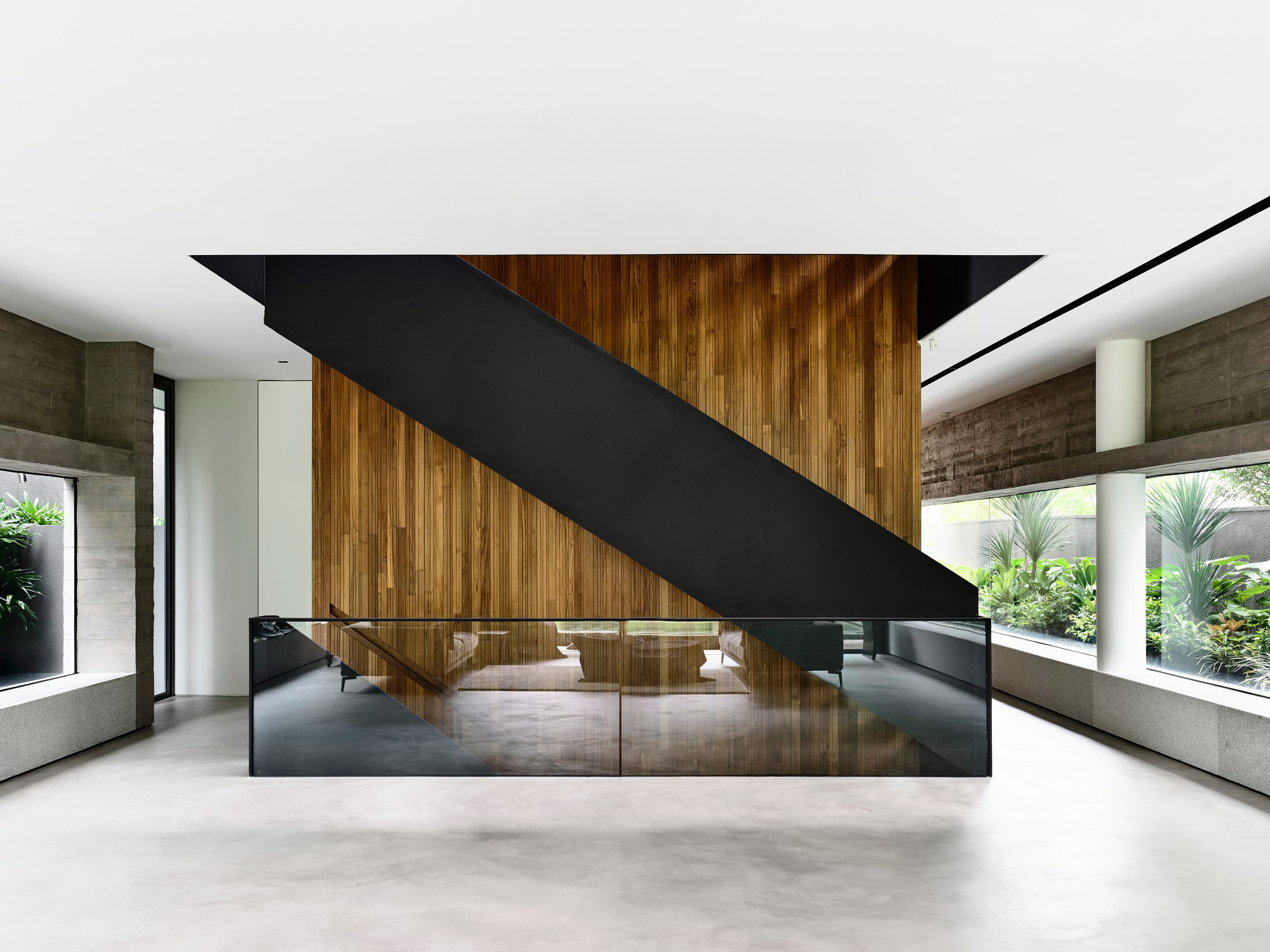 37FC-House   Smart House by ONG&ONG Pte Ltd