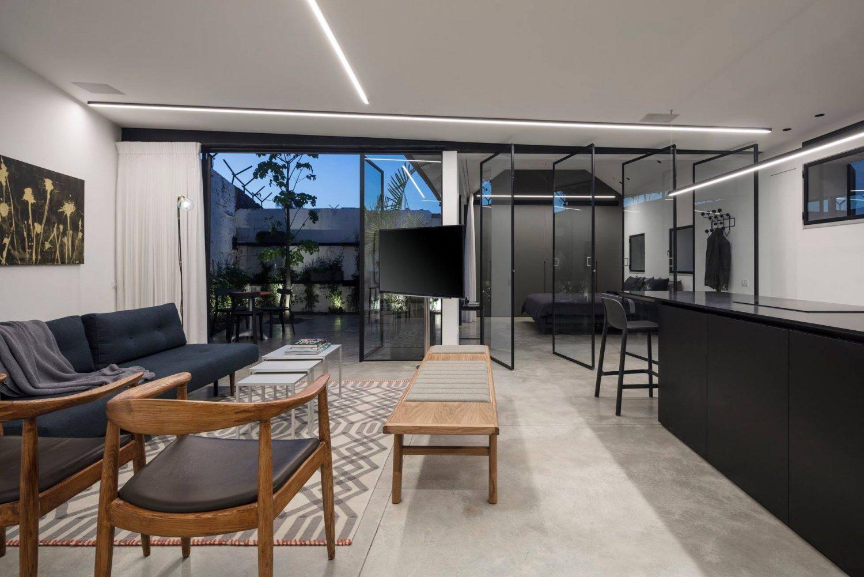 A5 House by Raz Melamed Architects