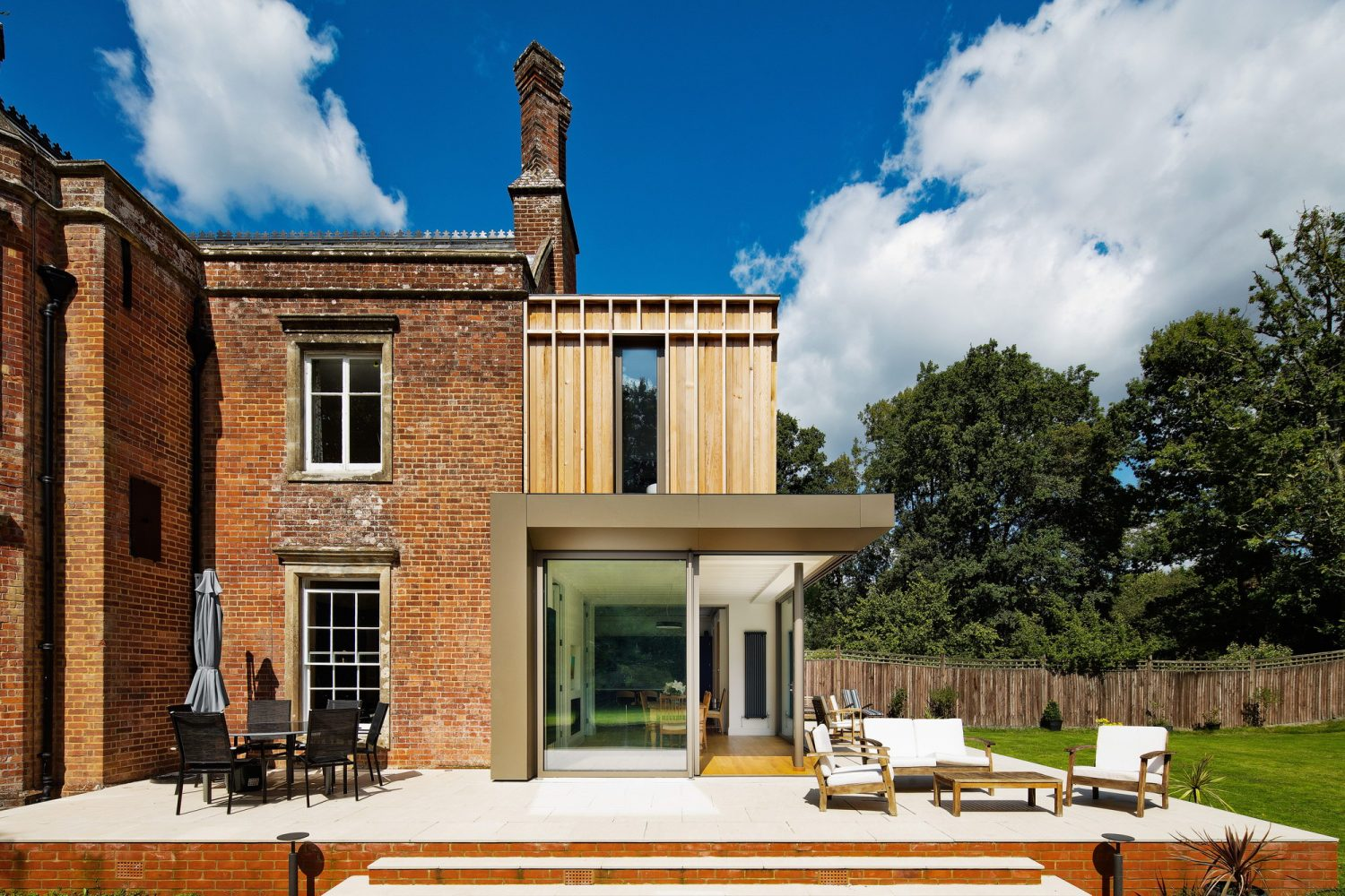 Gatti House | Contemporary Extension to Historic Family Home