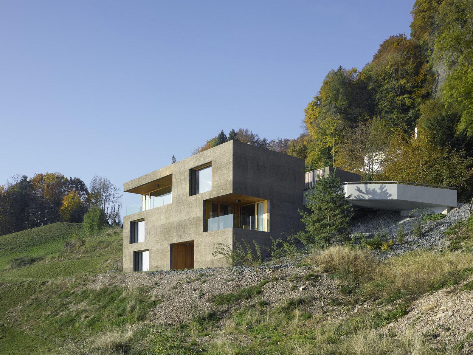 Holiday Home in Vitznau by alp Architektur Lischer Partner