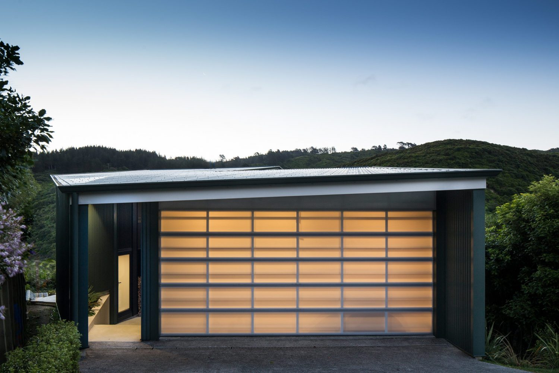 Korokoro Bush House by Parsonson Architects